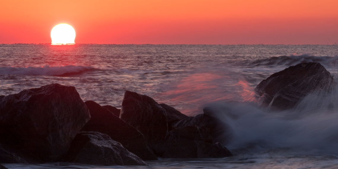 Sea Wall Sunrise 2